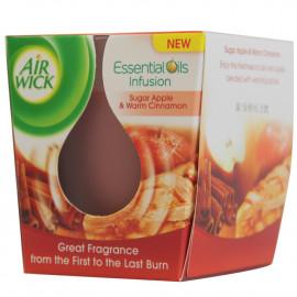 Air Wick air freshener candle 105 gr. Sugar apple & Warm cinnamon.
