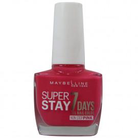 Maybelline nail polish 10 ml. 160 Magenta surge.